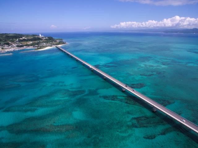 古宇利大橋と古宇利島 写真素材なら「写真AC」無料(フリー)ダウンロードOK (54617)