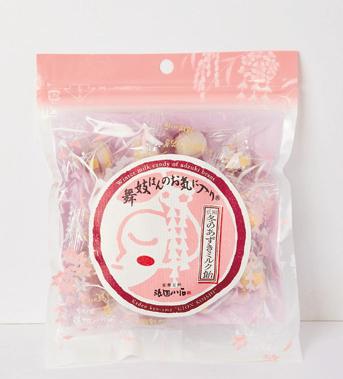 舞妓はんのお気に入り冬のあずきミルク飴 ¥378 (税込)